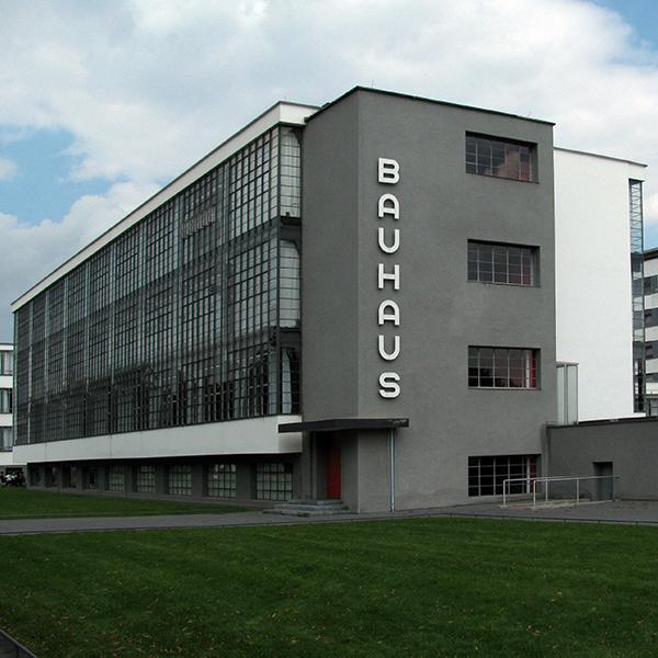 """""""Duch Bauhausu"""", reż. Niels Bolbrinker, Thomas Tielsch"""